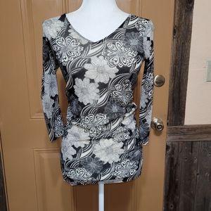 CAbi Black and White Gauzy Floral Blouse Sz M